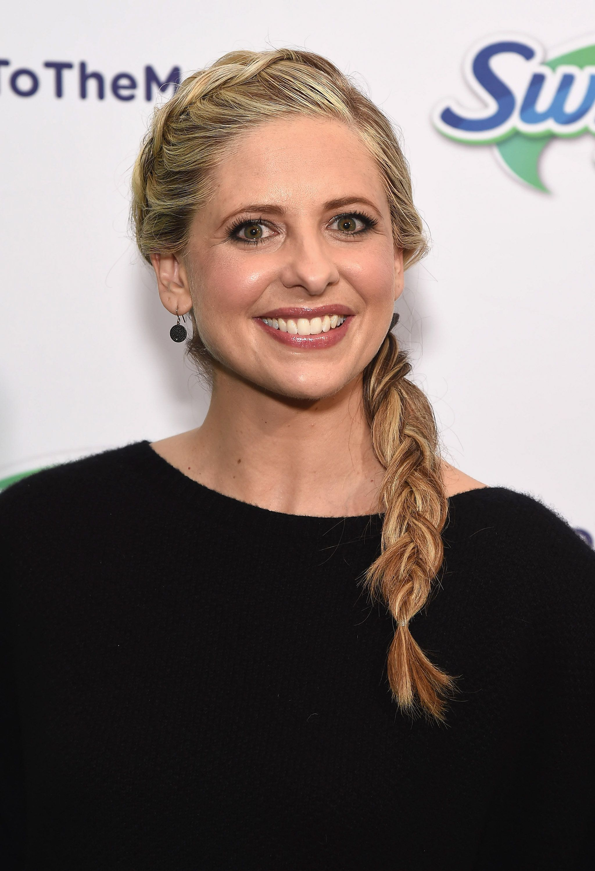 NEW YORK, NY - FEBRUARY 03:   Sarah Michelle Gellar & Swiffer encourage parents to say 'Yes To The Mess!'at Maman Bakery Tribeca on February 3, 2016 in New York City.  (Photo by Gary Gershoff/WireImage)