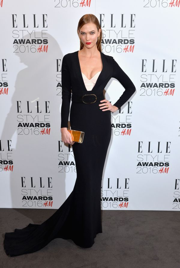<strong>Karlie Kloss in Stella McCartney:</strong> Kloss' minimalist dress is so stunning and simple. The belt adds a bi