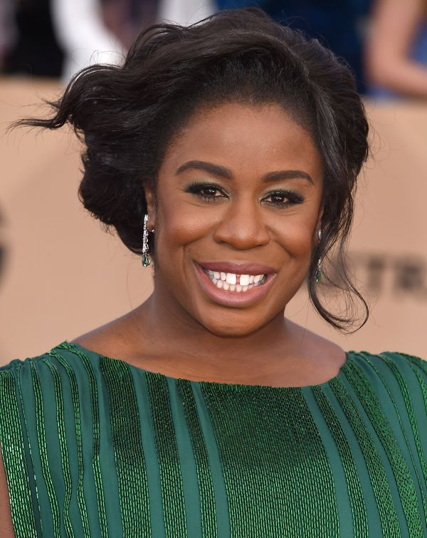 To keep Uzo Aduba's SAG Awards eye makeup crease-free, makeup artist Janice Kinjo for Kiehl's Since 1851 applied a base of <a