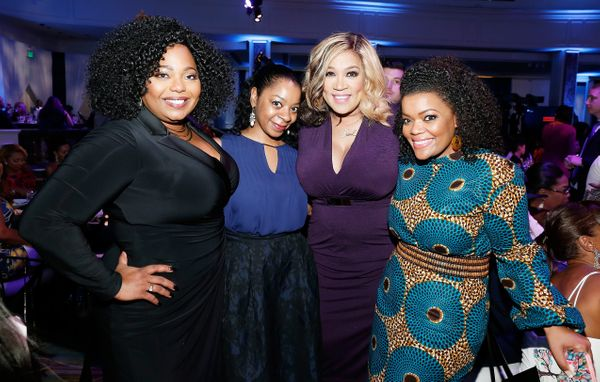 Actresses Kym Whitley (center) and Yvette Nicole Brown (R).