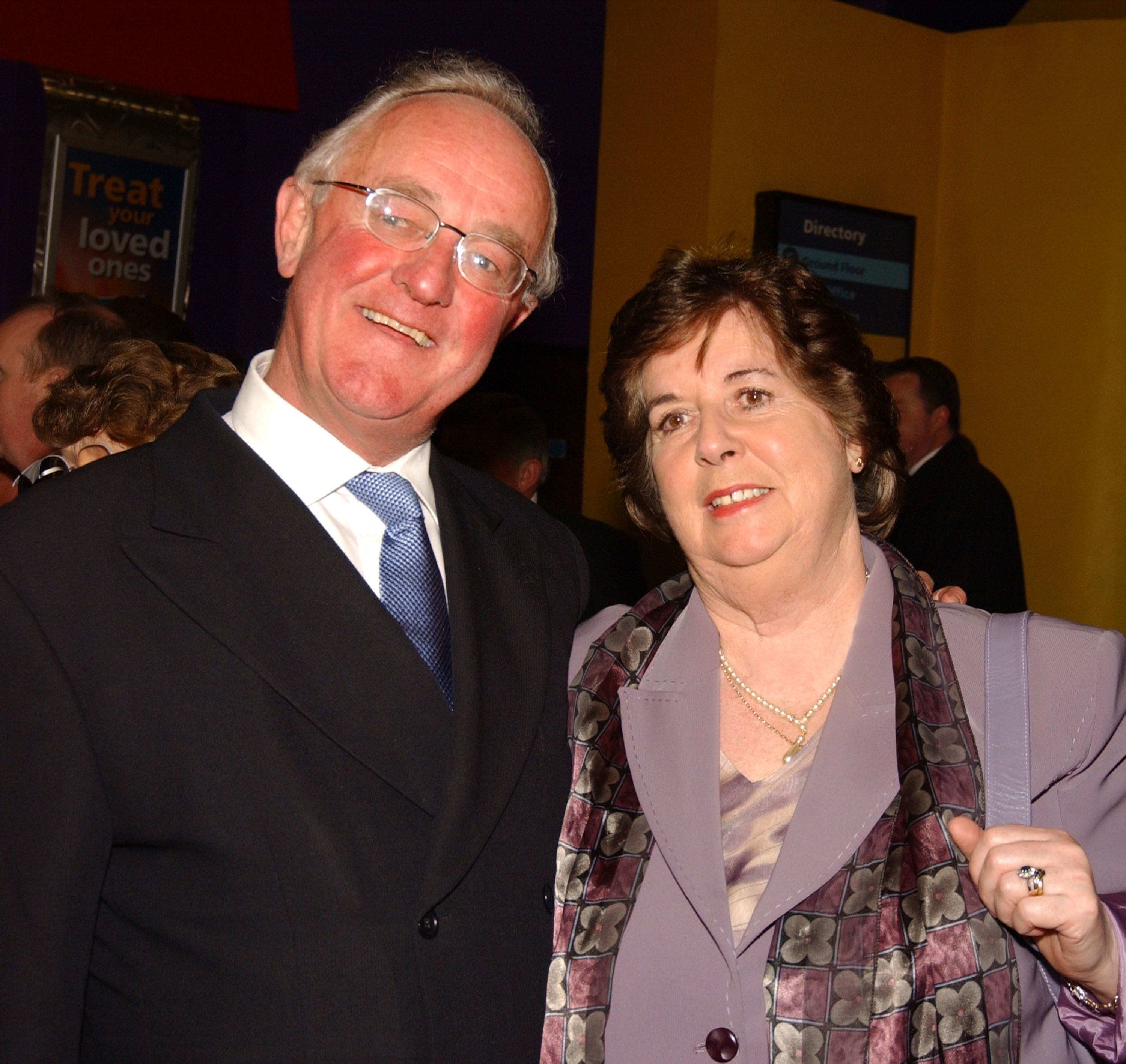 "Irish actor Frank Kelly and his wife, Bairbre, at the 2003 premiere of his film ""Evelyn"" in Dublin."