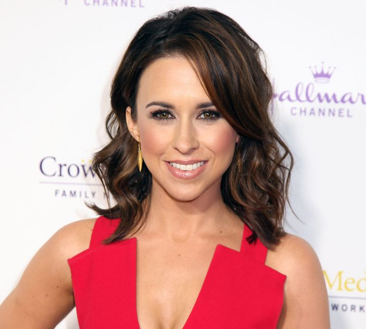 Actress Lacey Chabert is expecting!