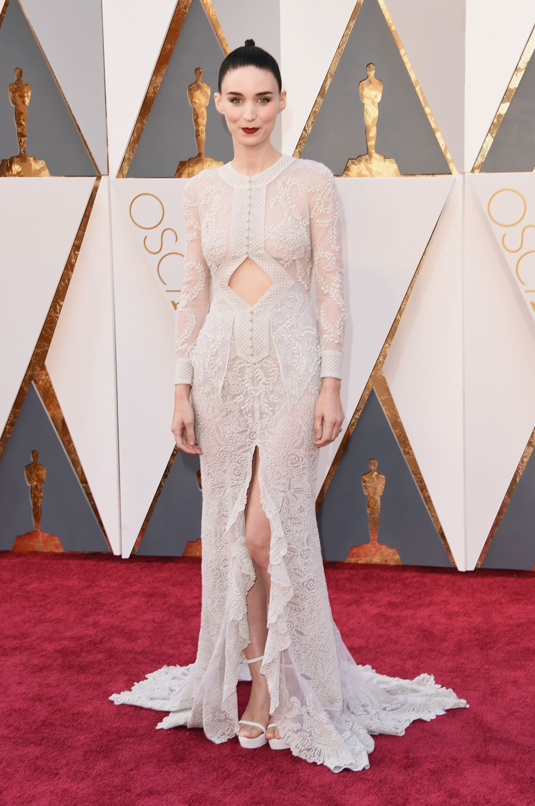 Rooney Mara attends the 88th Annual Academy Awards.