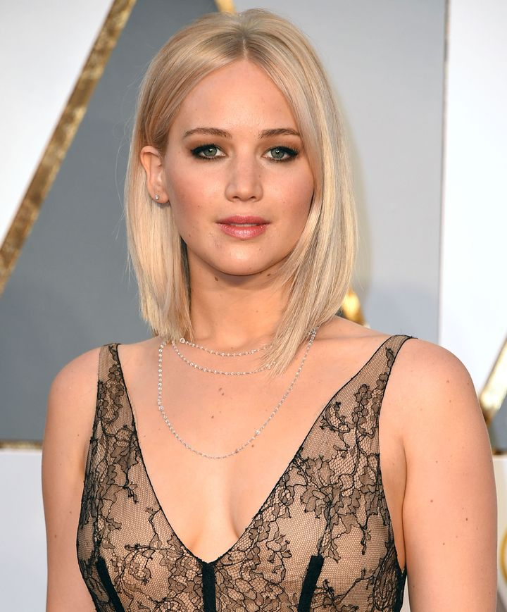 Jennifer Lawrence Rocks A Crop Top To Vanity Fair Oscars