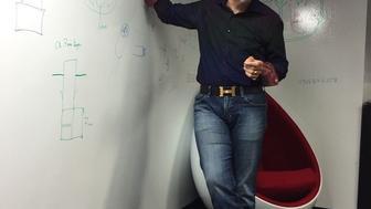 Prof. Nobles Teaching Biomedical Engineering