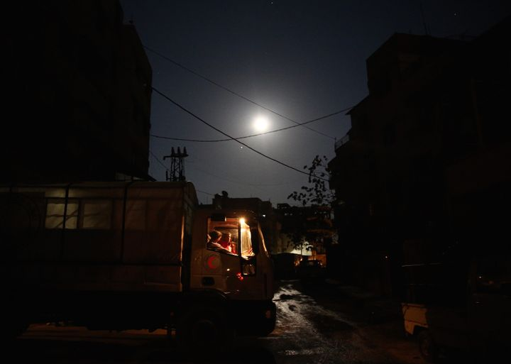 Syria's electricity supply was cut off across the country and Internet connections were disrupted,according to state me