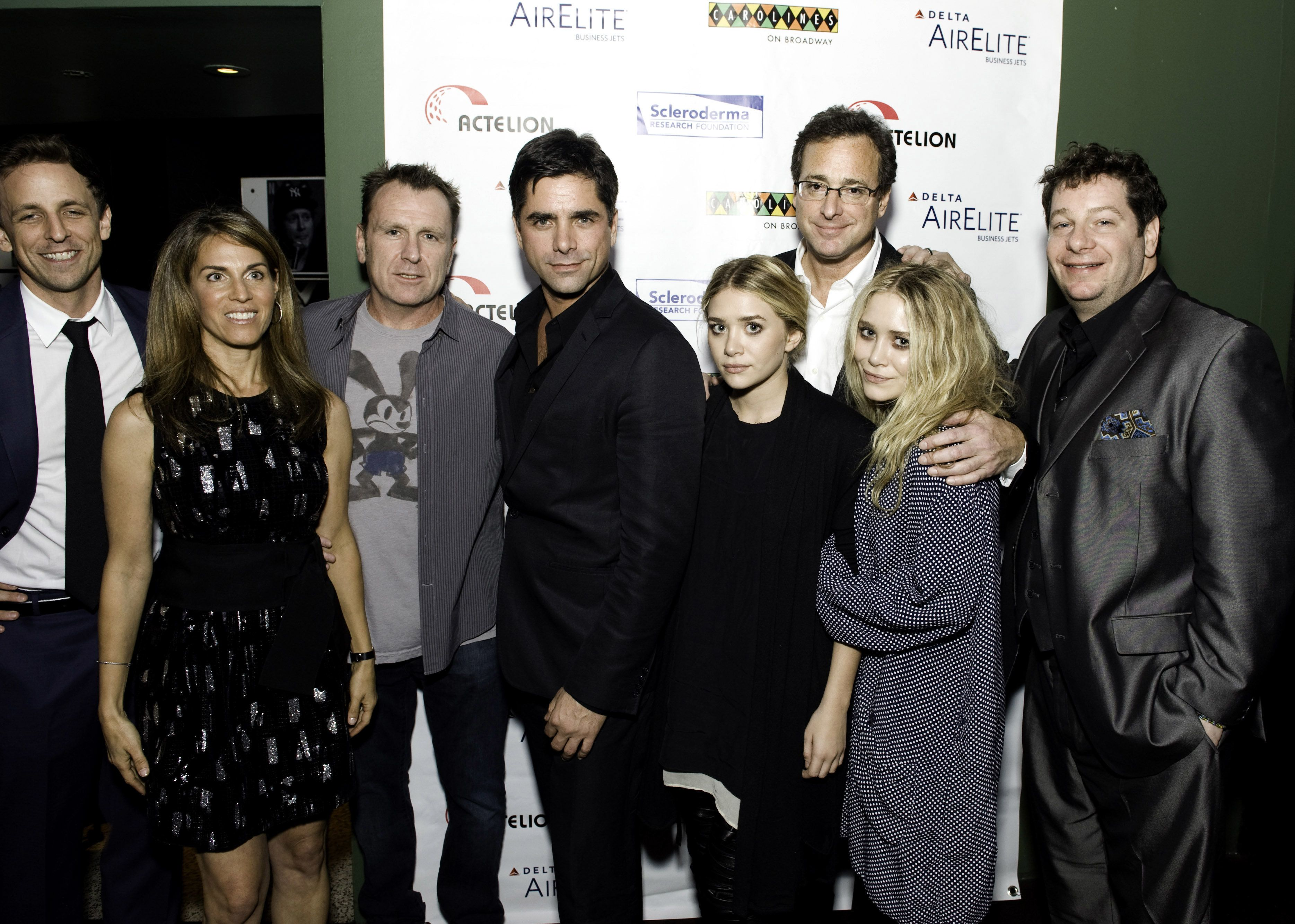 john stamos should probably stop harassing the olsen twins to appear on fuller house huffpost
