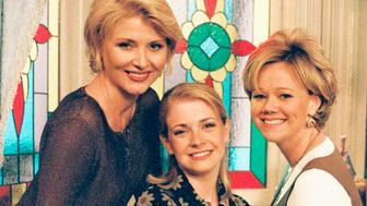 UNITED STATES - OCTOBER 18:  SABRINA, THE TEENAGE WITCH - 'Terrible Things' - Season One - 10/18/96, Sabrina (Melissa Joan Hart, center) ignored the warnings of her Aunts Zelda (Beth Broderick, left) and Hilda (Caroline Rhea) about meddling with the fate of others. ,  (Photo by ABC Photo Archives/ABC via Getty Images)