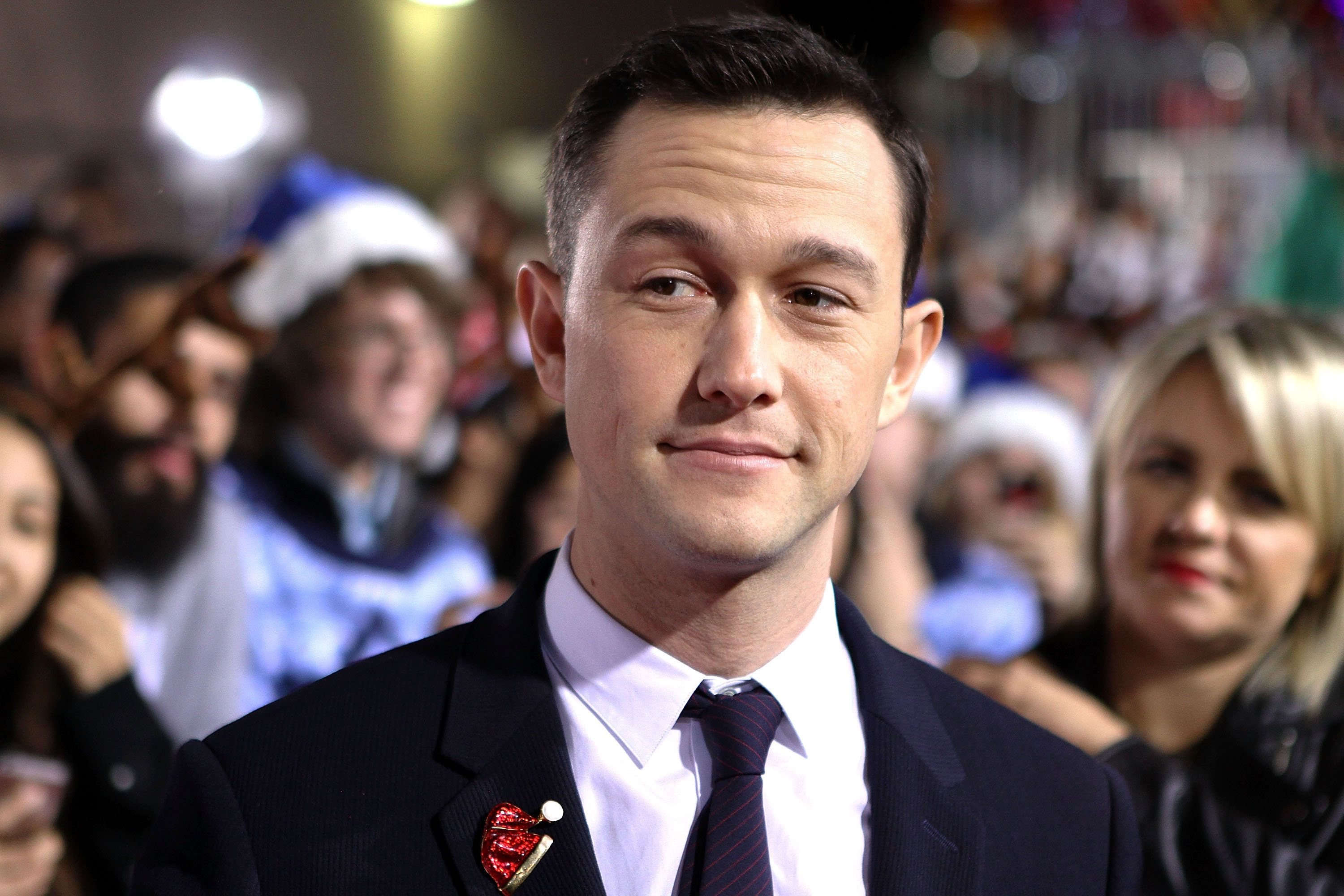 LOS ANGELES, CA - NOVEMBER 18:  Actor Joseph Gordon-Levitt arrives to the premiere of 'The Night Before' at The Theatre At The Ace Hotel on November 18, 2015 in Los Angeles, California.  (Photo by Randy Shropshire/Getty Images)