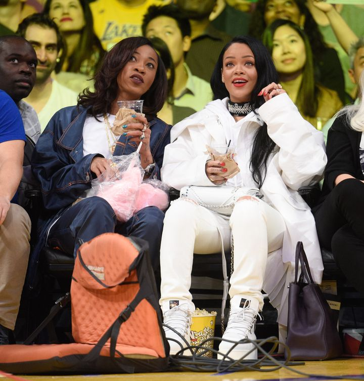 Rihanna and her bestie Melissa Forde take in all the sights at the Golden State Warriors and Los Angeles Lakers game. Meanwhile, we're watching her courtside style.