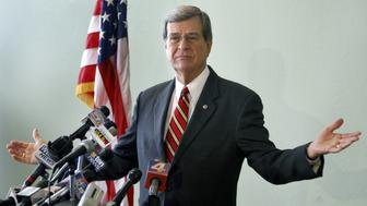 Senator Trent Lott announces that he will be resigning this year from the U.S. Senate during a press conference at the Lafont Inn on Monday, November 26, 2007 in Pascagoula, Mississippi.  (Photo by William Colgin/Biloxi Sun Herald/MCT via Getty Images)