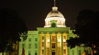 State capitol building in Montgomery, Alabama, at night