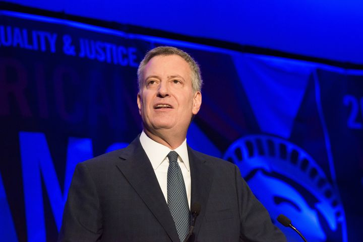 New York Mayor Bill de Blasio (D) helped organize an amicus brief in support of the president's deportation relief progr
