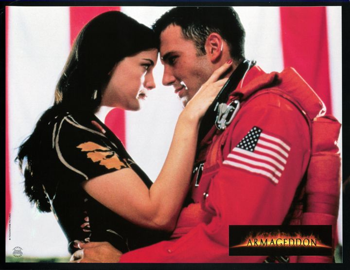 Liv Tyler looking into the eyes of Ben Affleck in a scene from the film 'Armageddon', 1998.