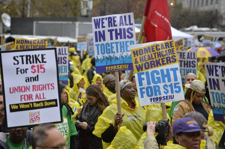 Some minimum wage fast food employees have been pushing for a $15 minimum wage. In 2014, all federal minimum wage workers in