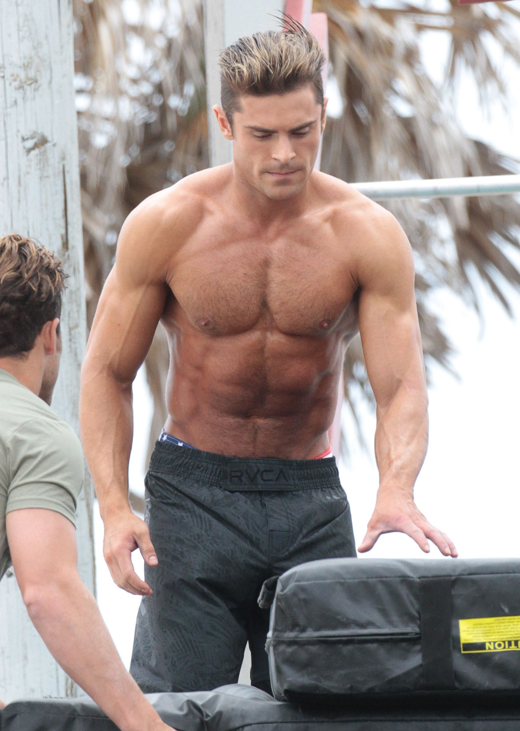 Which Former Teen Star Has Been Hitting The Gym