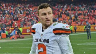 KANSAS CITY, MO - DECEMBER 27:  Quarterback Johnny Manziel #2 of the Cleveland Browns walks off the field, after losing to the Kansas City Chiefs on December 27, 2015 at Arrowhead Stadium in Kansas City, Missouri.  (Photo by Peter G. Aiken/Getty Images)