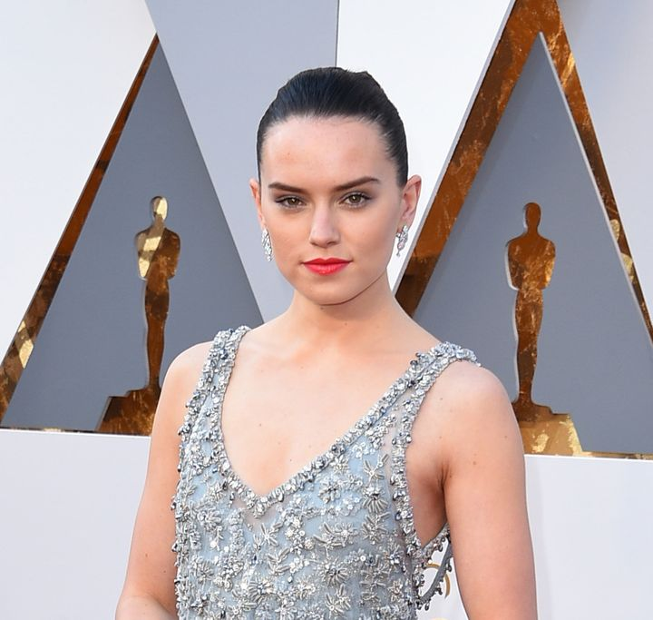 Daisy Ridley attends the 88th Annual Academy Awards at Hollywood & Highland Center on February 28, 2016 in Hollywood, Cal