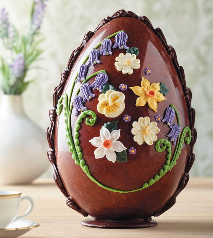 How beautiful is this Easter egg?
