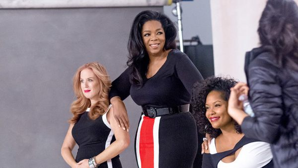 Oprah gets into position with Jenny and Michelle. Learn more about the cover subjects' stories and weight loss goals <a href=