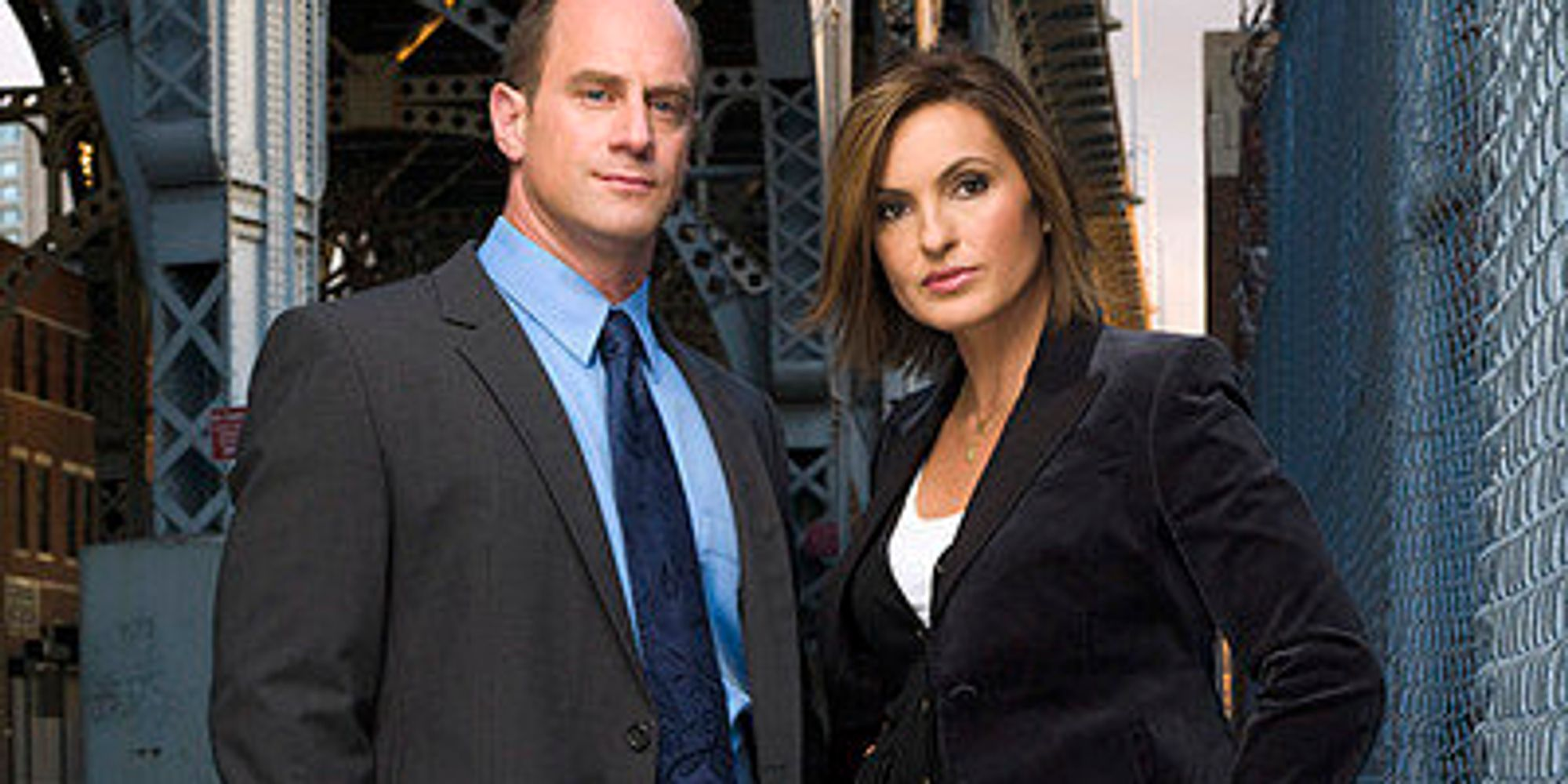 Mariska Hargitay And Chris Meloni Reunite Delighting Law