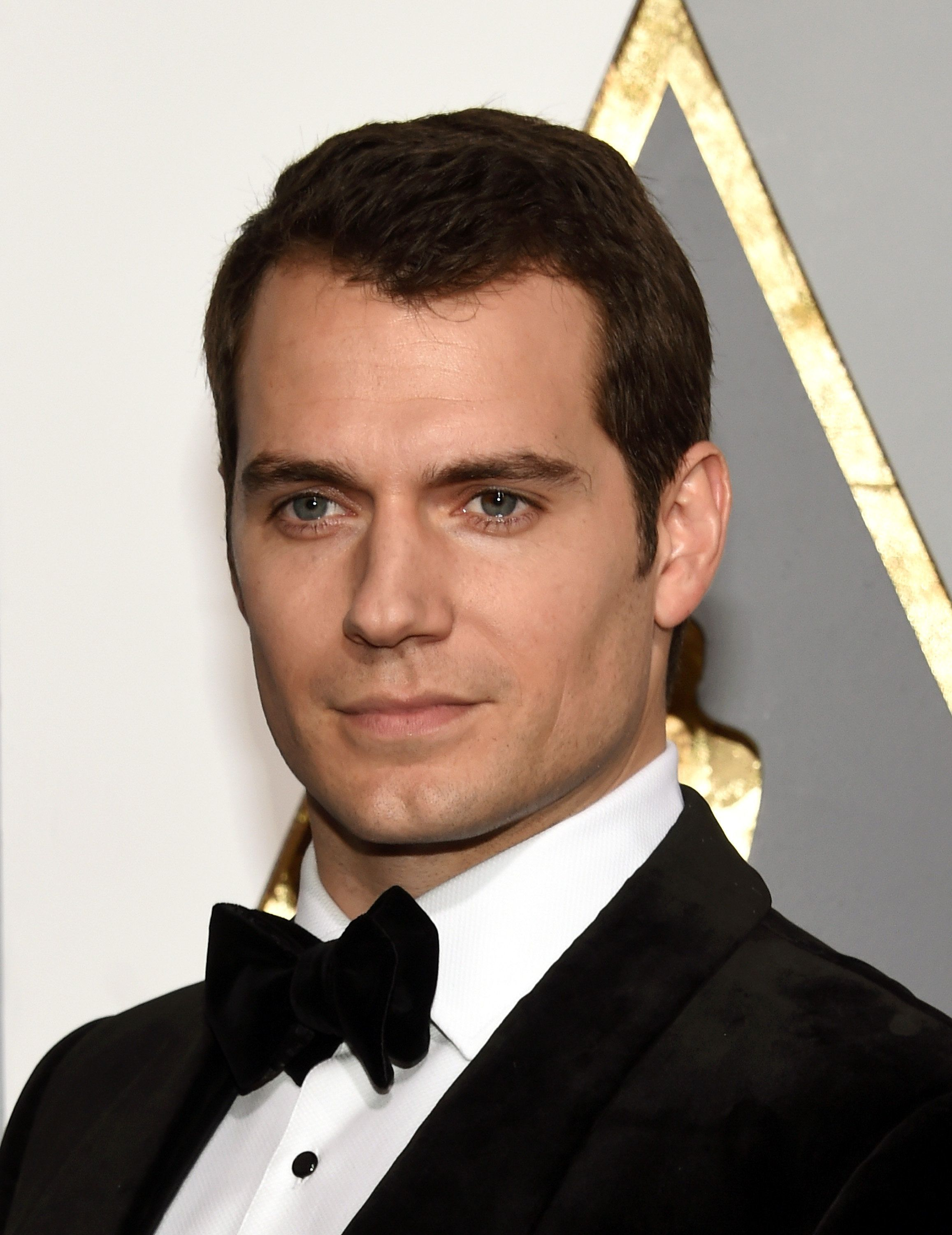 HOLLYWOOD, CA - FEBRUARY 28:  Actor Henry Cavill attends the 88th Annual Academy Awards at Hollywood & Highland Center on February 28, 2016 in Hollywood, California.  (Photo by Ethan Miller/Getty Images)