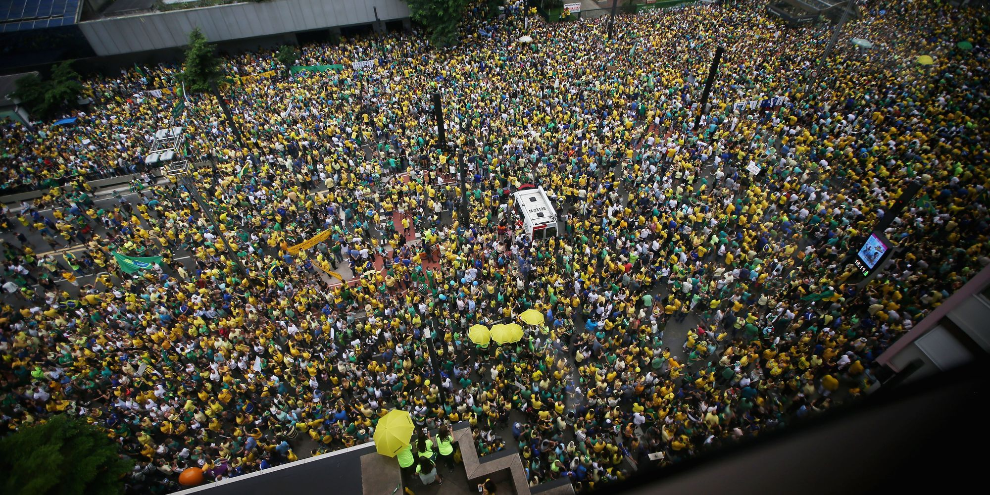 Hundreds Of Thousands Pour Onto Brazilian Streets To ...