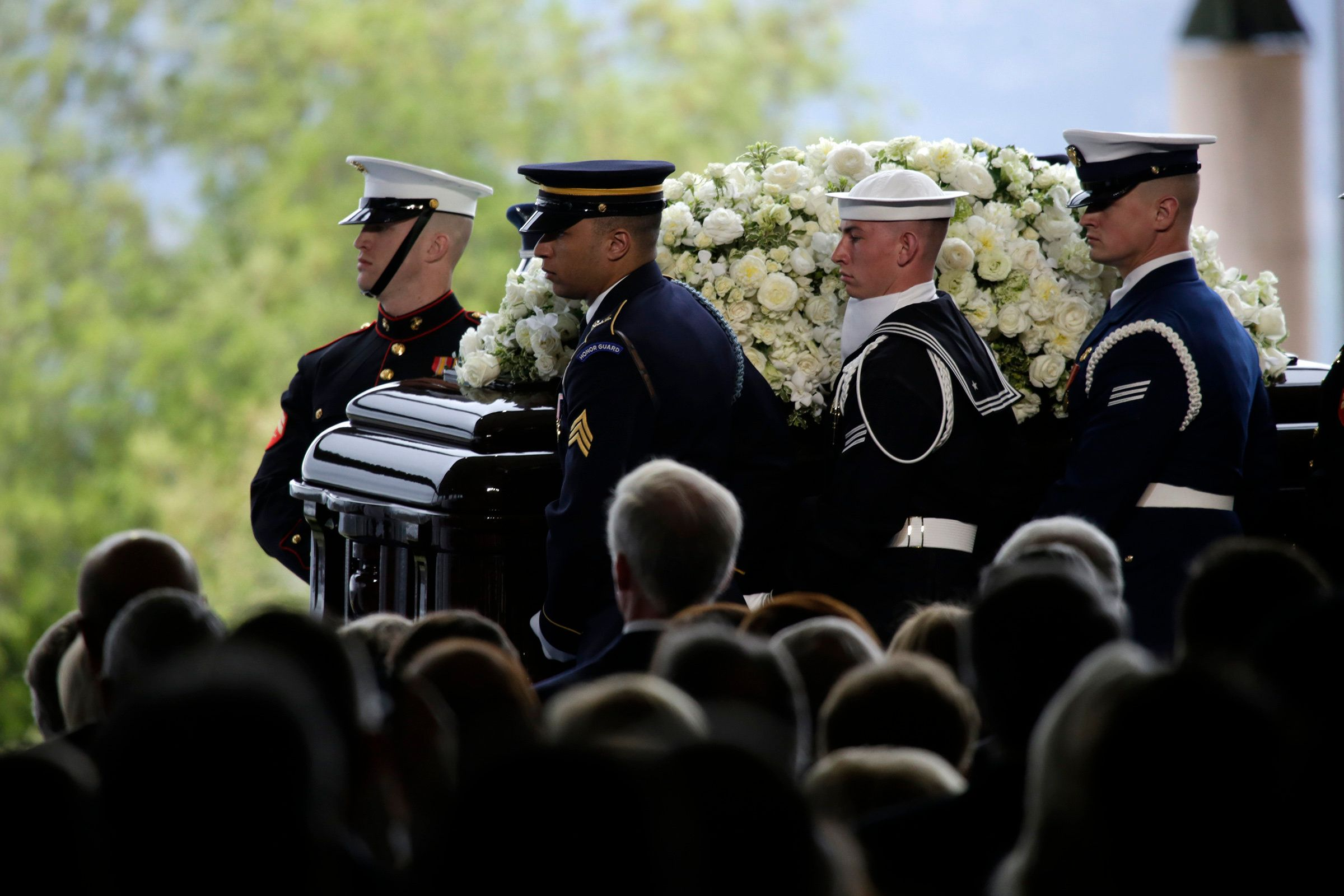 SIMI VALLEY, CA - MARCH 11: The casket carrying Nancy Reagan arrives for the funeral service at  the Ronald Reagan Presidential Library March 11, 2016 in Simi Valley, California. (Photo by Irfan Khan/Los Angeles Times via Getty Images)