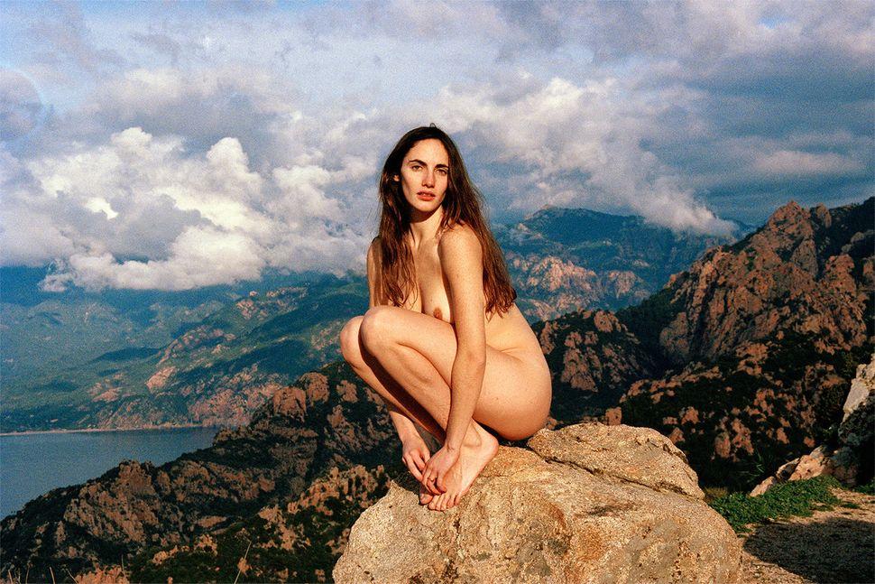 Roms Men Nude 91