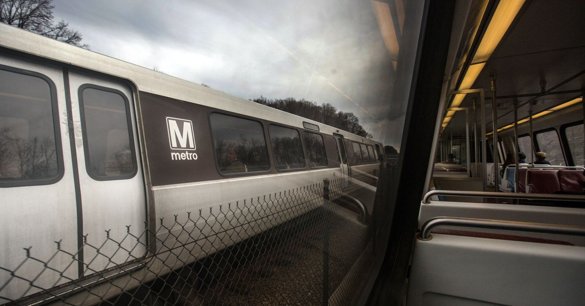 D C Metro To Shut Down Wednesday For Safety Checks Huffpost