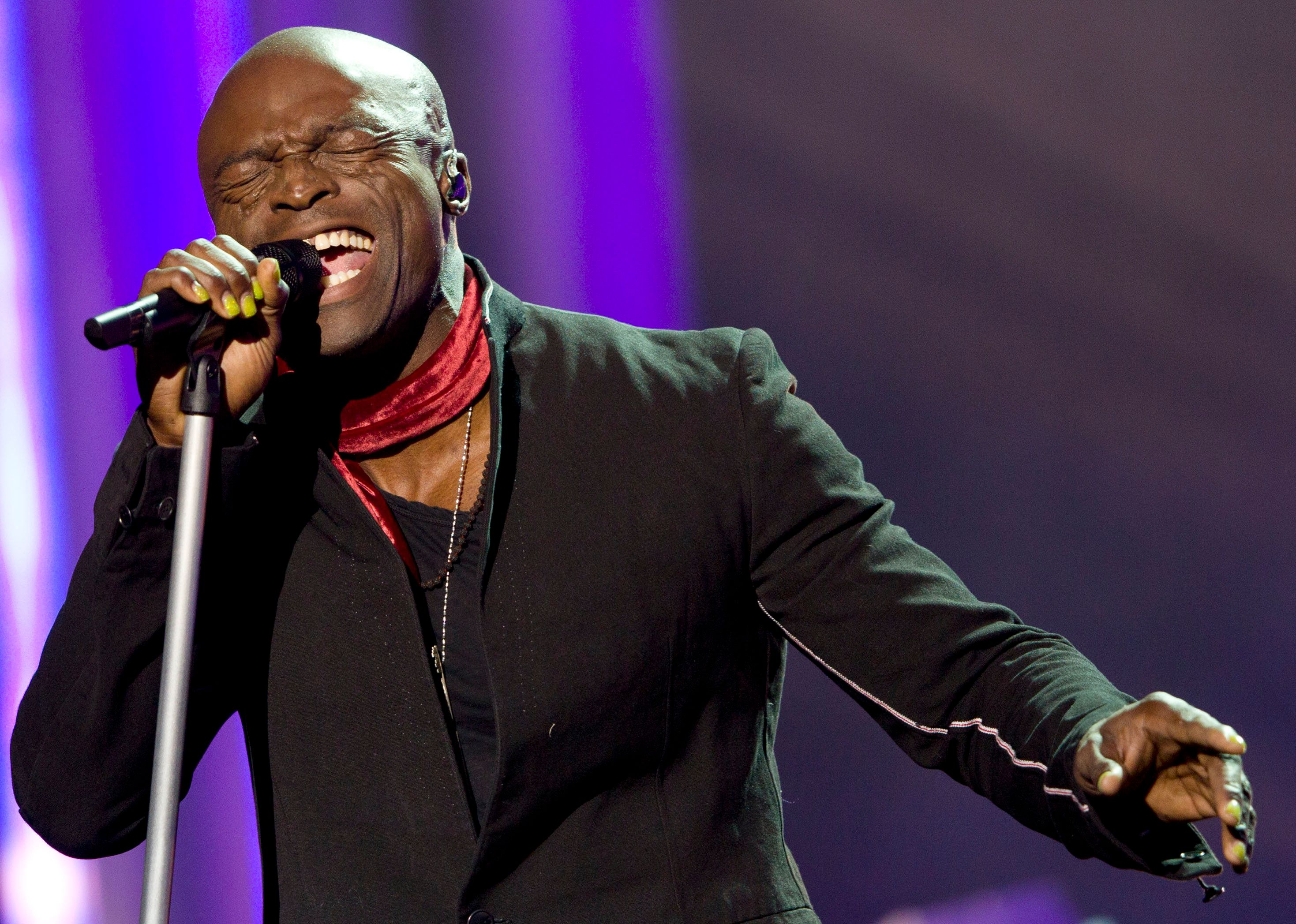 British singer Seal performs on stage during the during the Nobel Peace Prize concert in Oslo, Norway on December 11, 2012. Artists from all over the world gathered at the Oslo Spektrum to help spread the message of peace and celebrate this year's Nobel Peace Prize laureates, European Union (EU) President Herman Van Rompuy the President of the European Commission Jose Manuel Barroso and the President of the European Parliament Martin Schulz.  AFP PHOTO / DANIEL SANNUM-LAUTEN        (Photo credit should read DANIEL SANNUM LAUTEN/AFP/Getty Images)