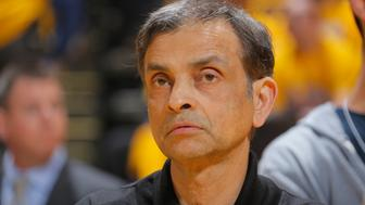 OAKLAND, CA - APRIL 24: Sacramento Kings owner Vivek Ranadive watches the Los Angeles Clippers face the Golden State Warriors in Game Three of the Western Conference Quarterfinals during the 2014 NBA Playoffs at Oracle Arena on April 24, 2014 in Oakland, California. NOTE TO USER: User expressly acknowledges and agrees that, by downloading and/or using this Photograph, user is consenting to the terms and conditions of Getty Images License Agreement. Mandatory Copyright Notice: Copyright 2014 NBAE (Photo by Rocky Widner/NBAE via Getty Images)