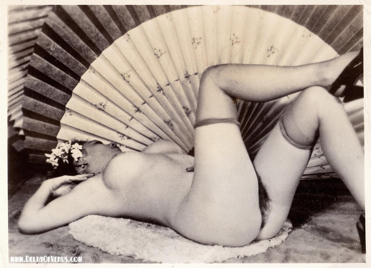 mature-vintage-nude-japanese-blowjob