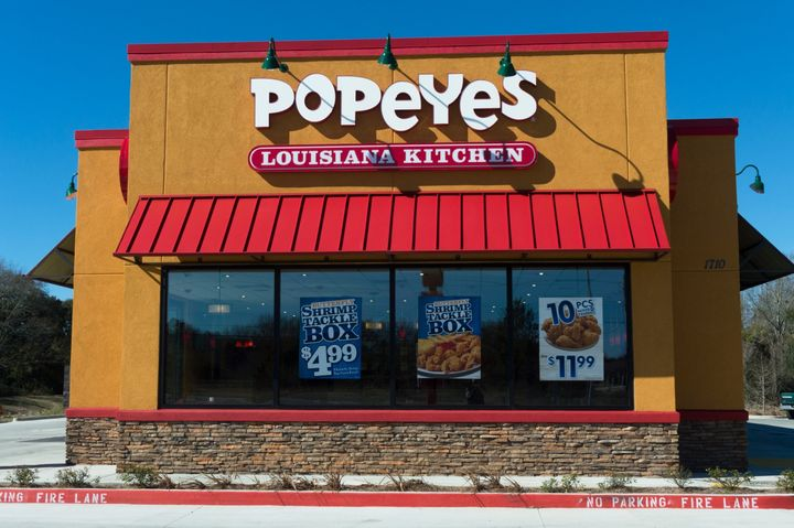 Devin Washington helped stop a thiefwho tried to steal cash from a Popeyes Famous Fried Chicken restaurant in New Orlea