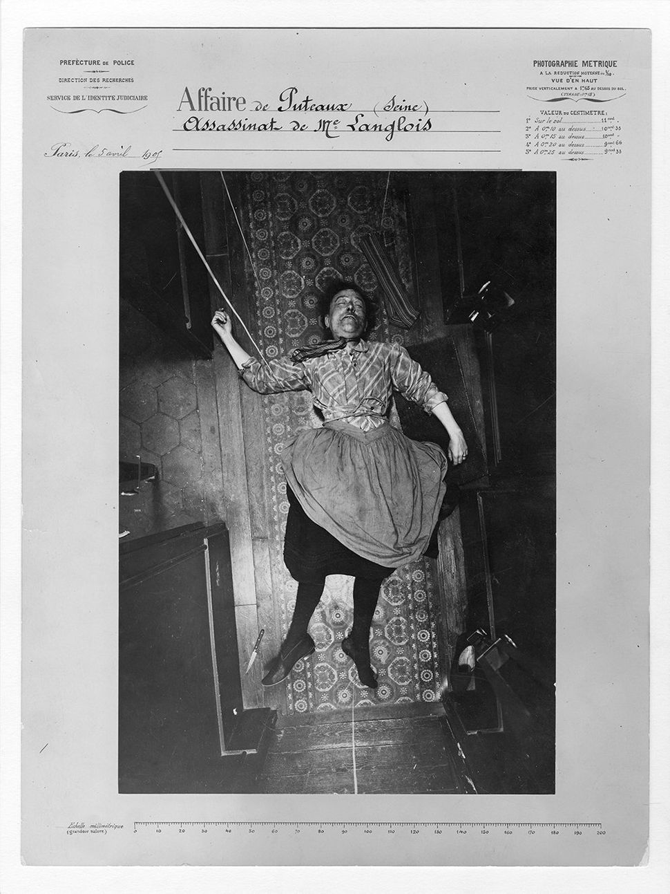 The murder of Madame Langlois, the Puteaux case, April 5, 1905. Protocol by Alphonse Bertillon.
