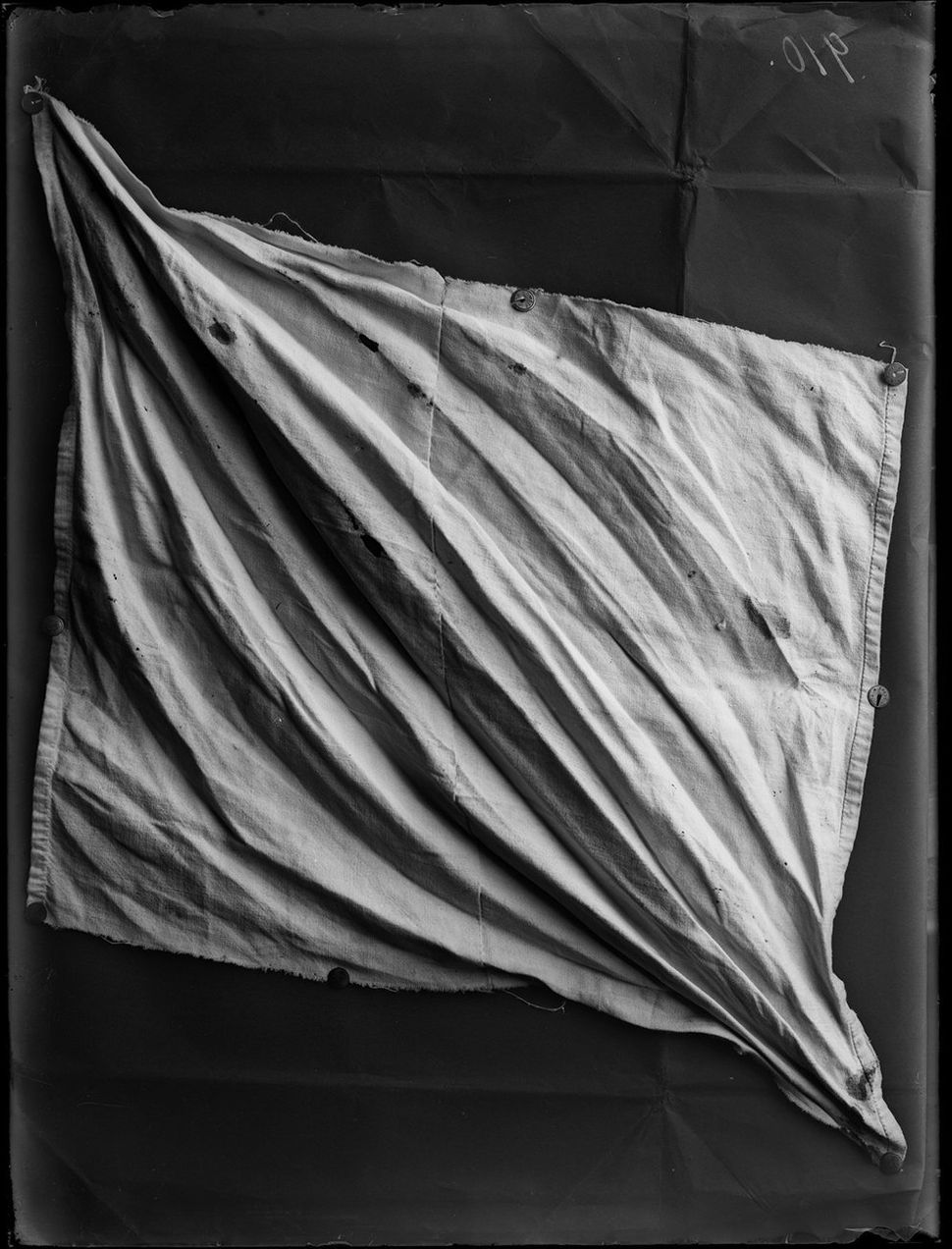 The cloth with which Madame Ducret was strangled, Beaumaroche, Vaud, September 24, 1907.