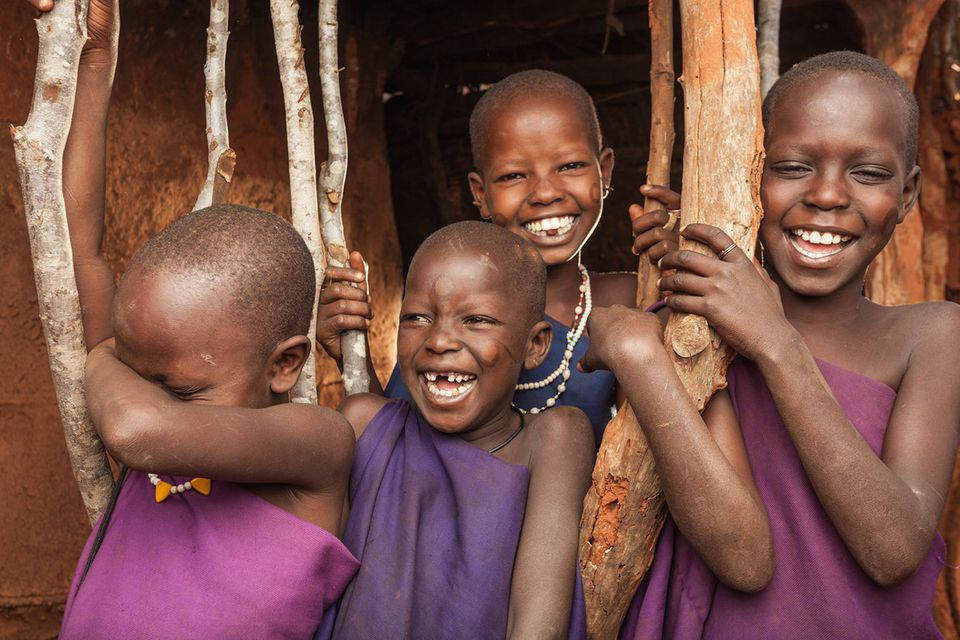 Killer smiles of young Maasai girls at Bachuma.