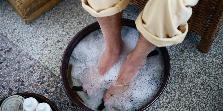 Here Are The Worst Things A Guy Could Do At A Pedicure Huffpost Life