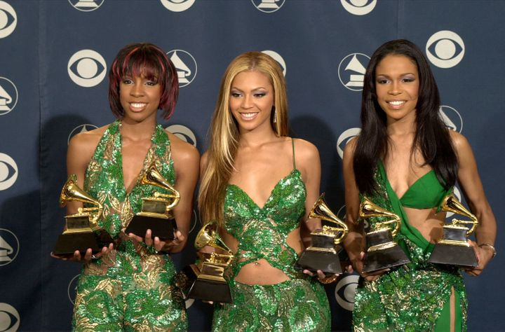 Destiny's Child poses backstage with their awards at the 43rd annual Grammy Awards February 21, 2001. (Photo by David McNew/N