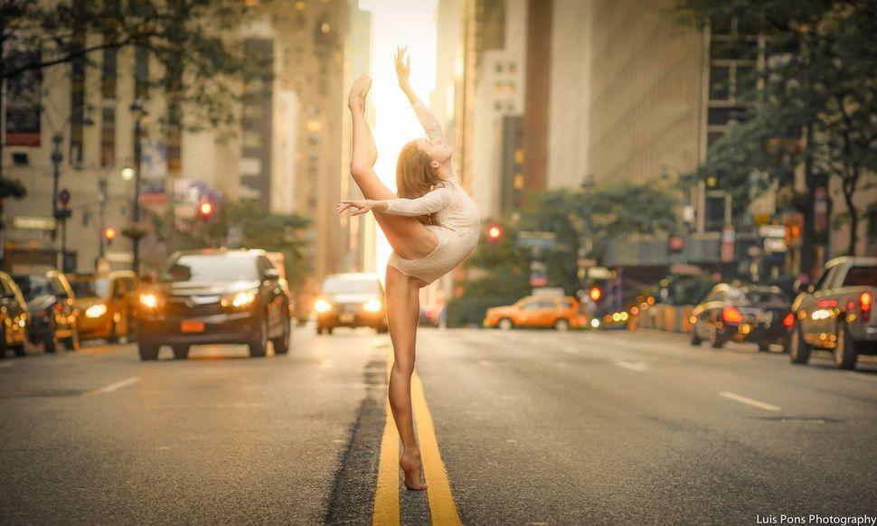 "<a href=""https://www.instagram.com/ballerinachi/?hl=en"" target=""_blank"">Melissa Chapski</a>"