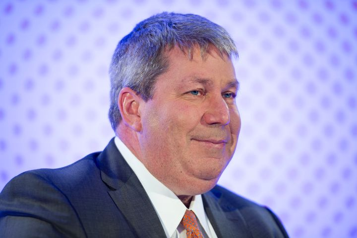 Michael Pearson, the CEO of Valeant, will step down once the company finds a replacement.