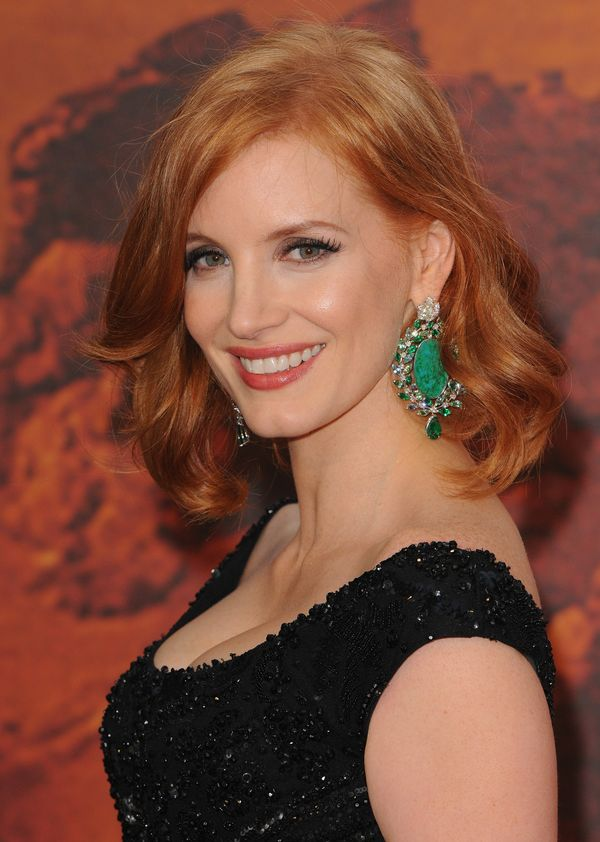 Jessica Chastain Breaks All The Redhead Beauty Rules (And Looks ...