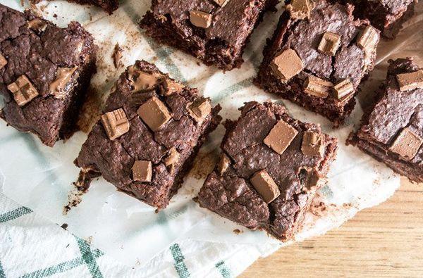 """Get the <a href=""""http://lemonsandbasil.com/gooey-black-bean-beet-brownies/"""" target=""""_blank"""">Gooey Black Bean and Beet Brownie"""