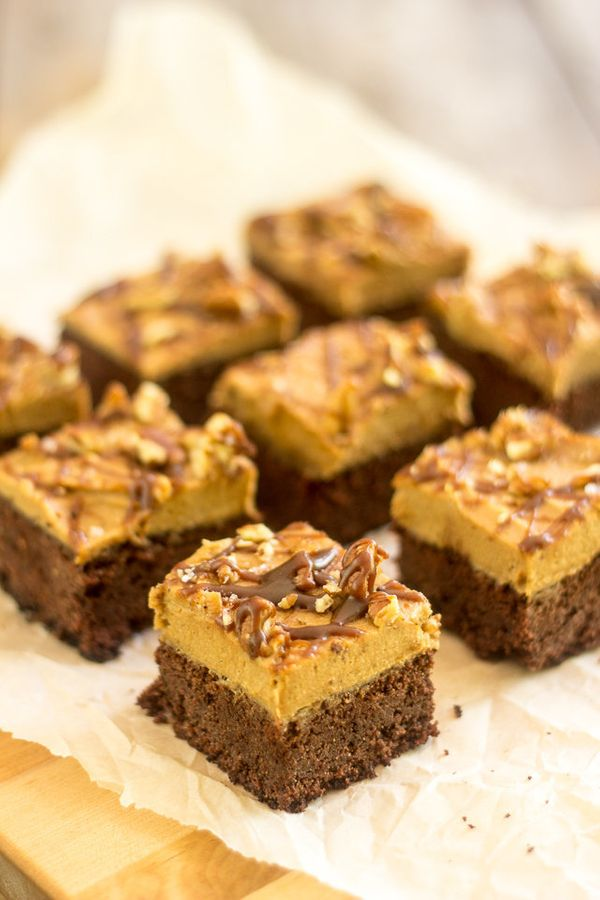 """Get the <a href=""""http://thehealthyfoodie.com/paleo-salted-caramel-brownies/"""" target=""""_blank"""">Paleo Salted Caramel Brownies re"""
