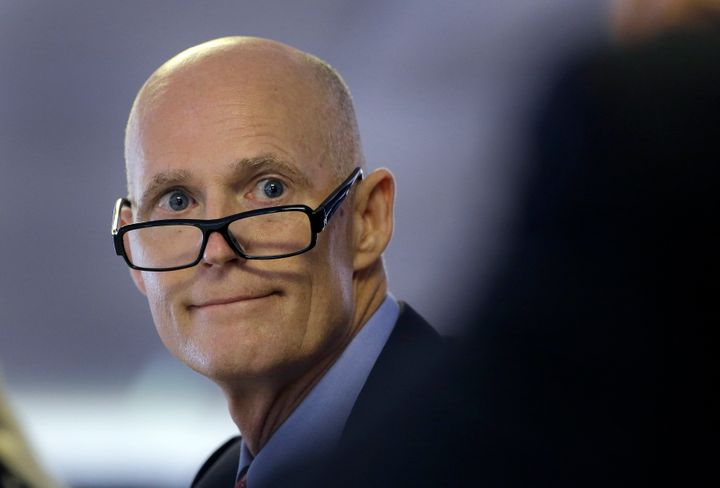 Florida Gov. Rick Scott signed twobills into law Wednesday thatseek to address the state's backlog of untested ra