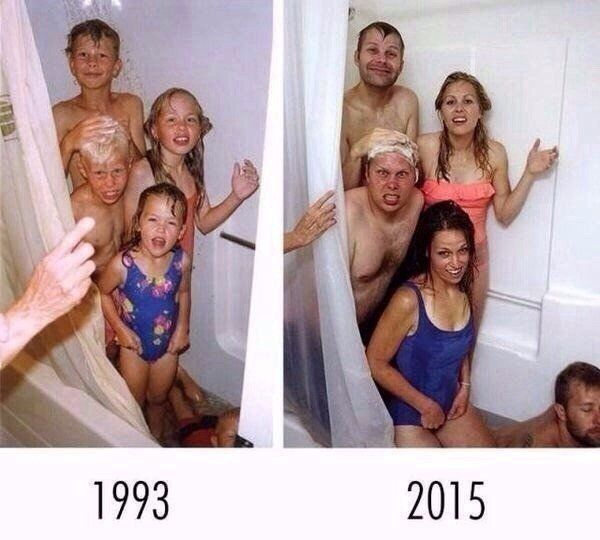 Siblings Hilariously Re-enact Childhood Bathtime Photo As