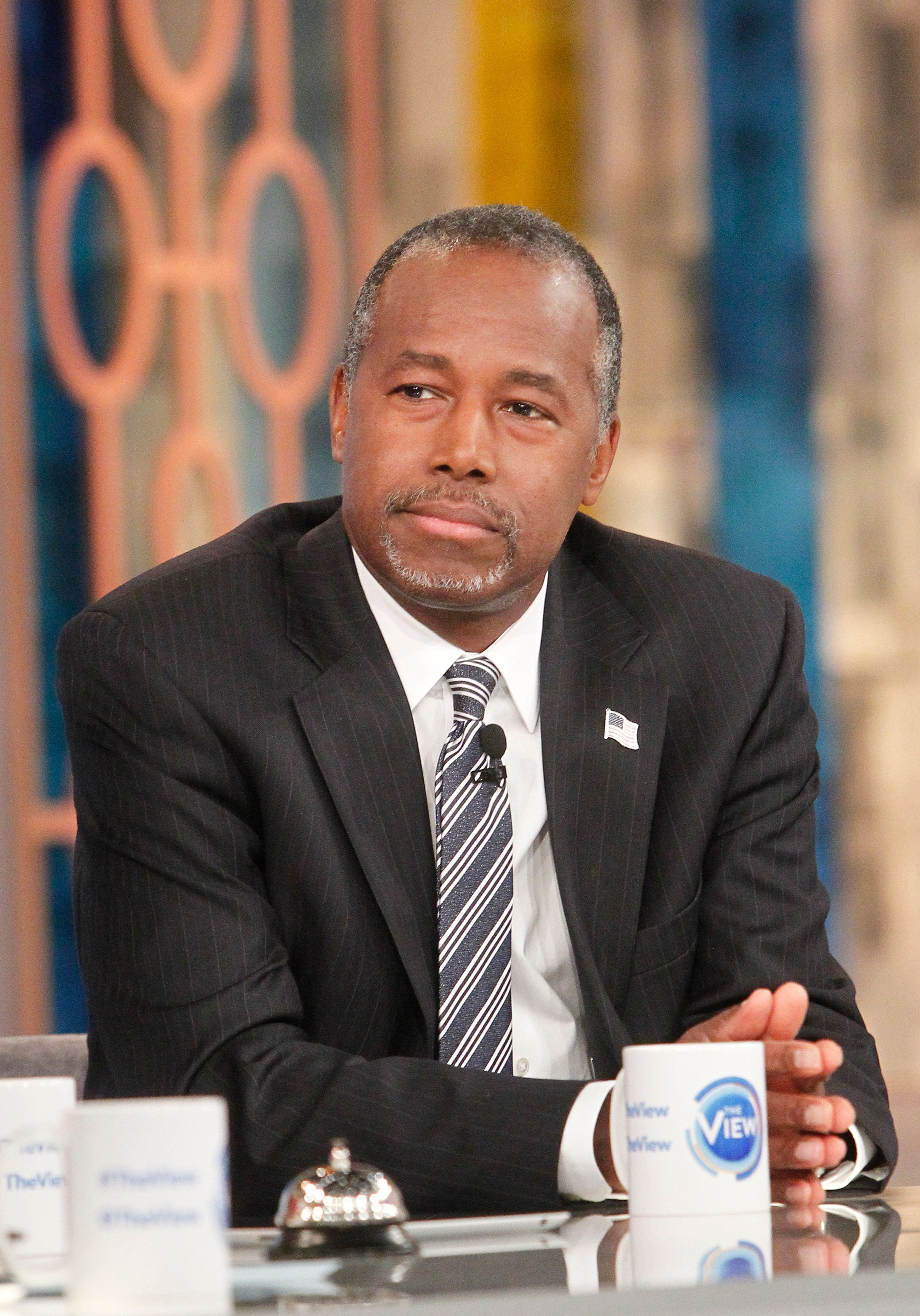 Ben Carson In Six-Minute Squirm-Fest Over Endorsing Racist