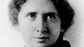 Portrait of feminist and labor union leader Rose Schneiderman (1882 - 1972), early twentieth century. (Photo by Interim Archives/Getty Images)