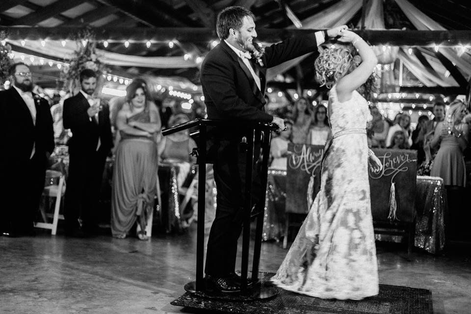 Misti and Kent Stephenson share their first dance as husband and wife.