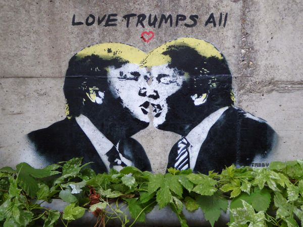 "The artist&nbsp;<a href=""http://tabbythis.com/"" target=""_blank"">TABBY</a>&nbsp;has dropped several Trump-inspired stencils ac"